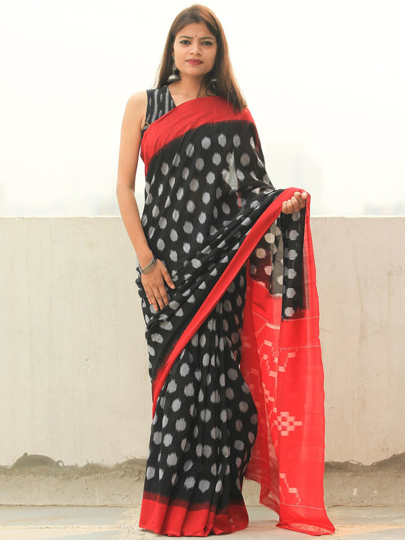 Black Grey Red Ikat Handwoven Cotton Saree - S031704105