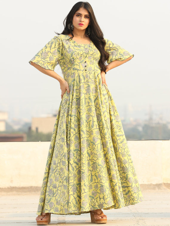 Gulzar Johi - Urave Cut Long Dress With Deep Back - D458F2286