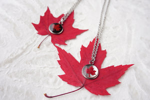 Maple Leaf Choker Necklace
