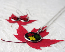 Real Pressed Maple Leaf Earring and Necklace Set from Pressed Wishes