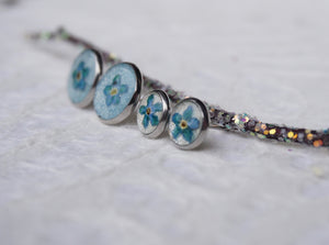 real flower earrings, pressed forget me not jewelry handmade in Canada and inspired by Nature.