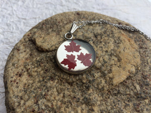 Maple Leaf Pendant 'Modesty & Unity'