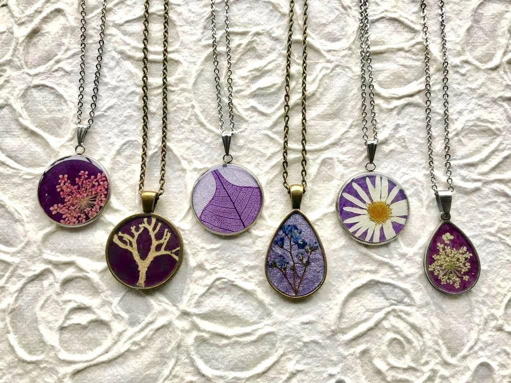 Real Pressed Flower Purple Pendants for all those purple lovers out there! Handmade by Pressed Wishes