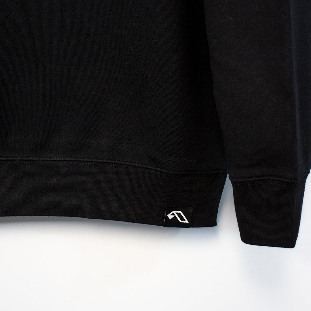 Anjuna Applique Patch Crewneck Sweater / Black
