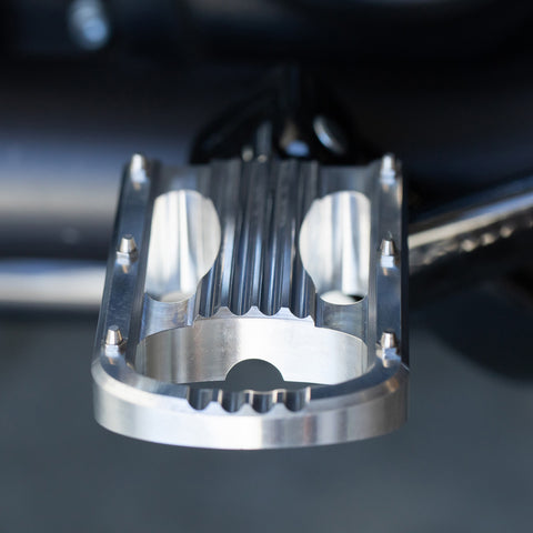 Punisher XL Foot Pegs HD ST18 Rider - Polished