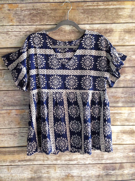 women's embroidered tapestry top