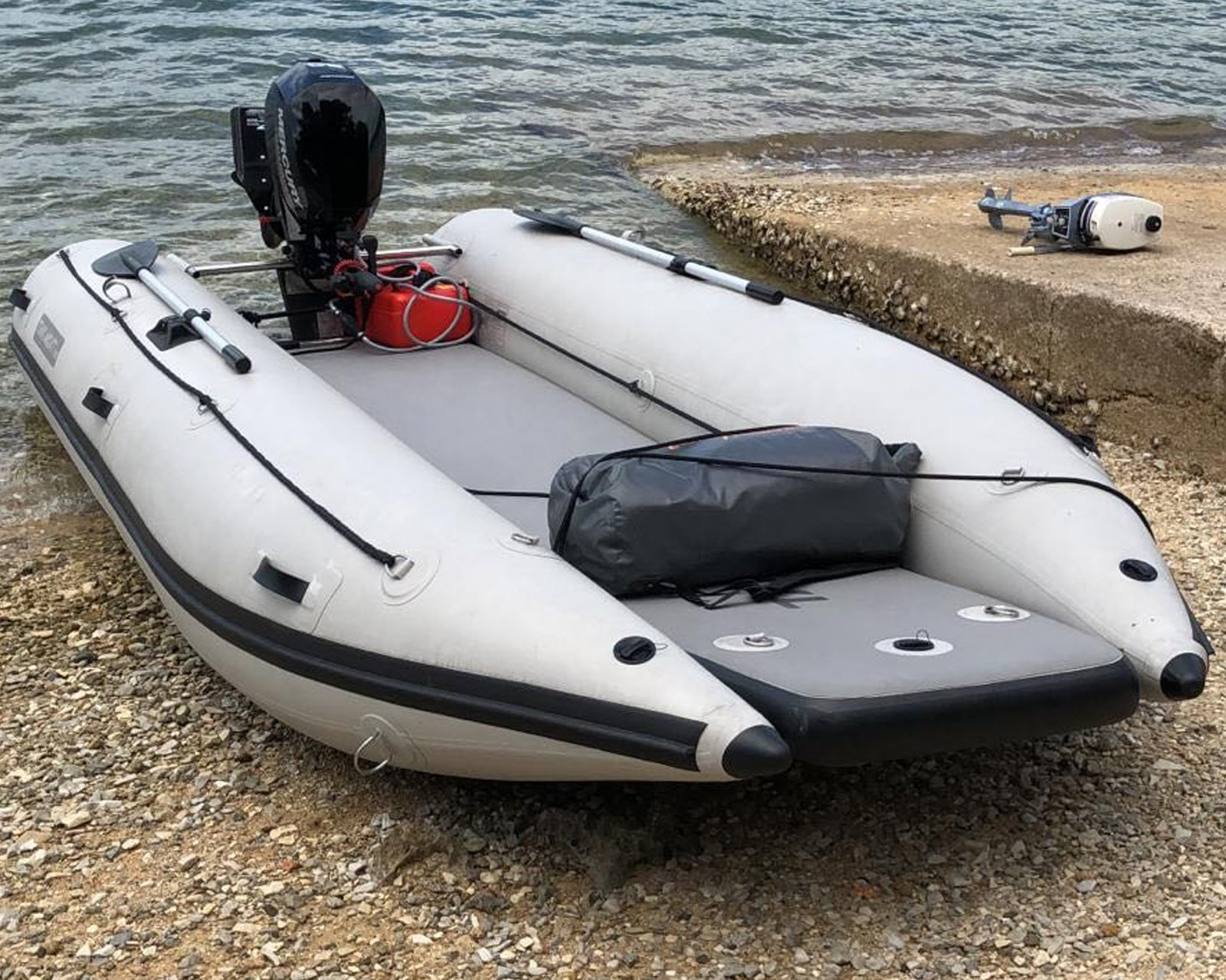 Takacat 420 LX Portable Inflatable Boat