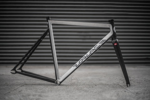 ZORLAC3 - RAW BLACK