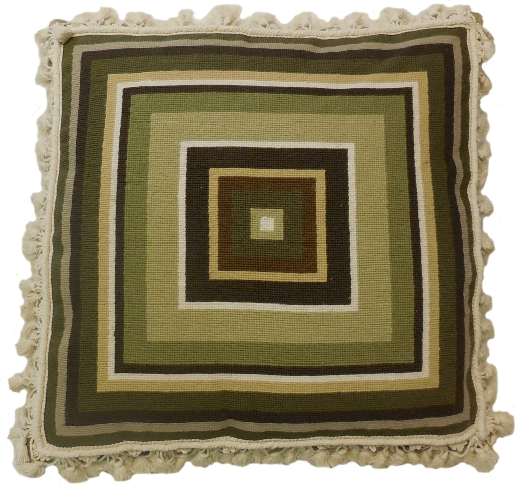 HKHHP5048T - Needlepoint Pillow 22x22