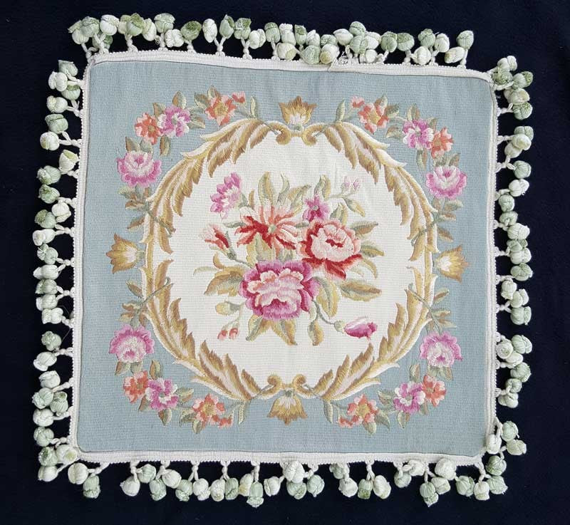 "Circle of Roses White & Blue Embroidered - 18"" x 18"""