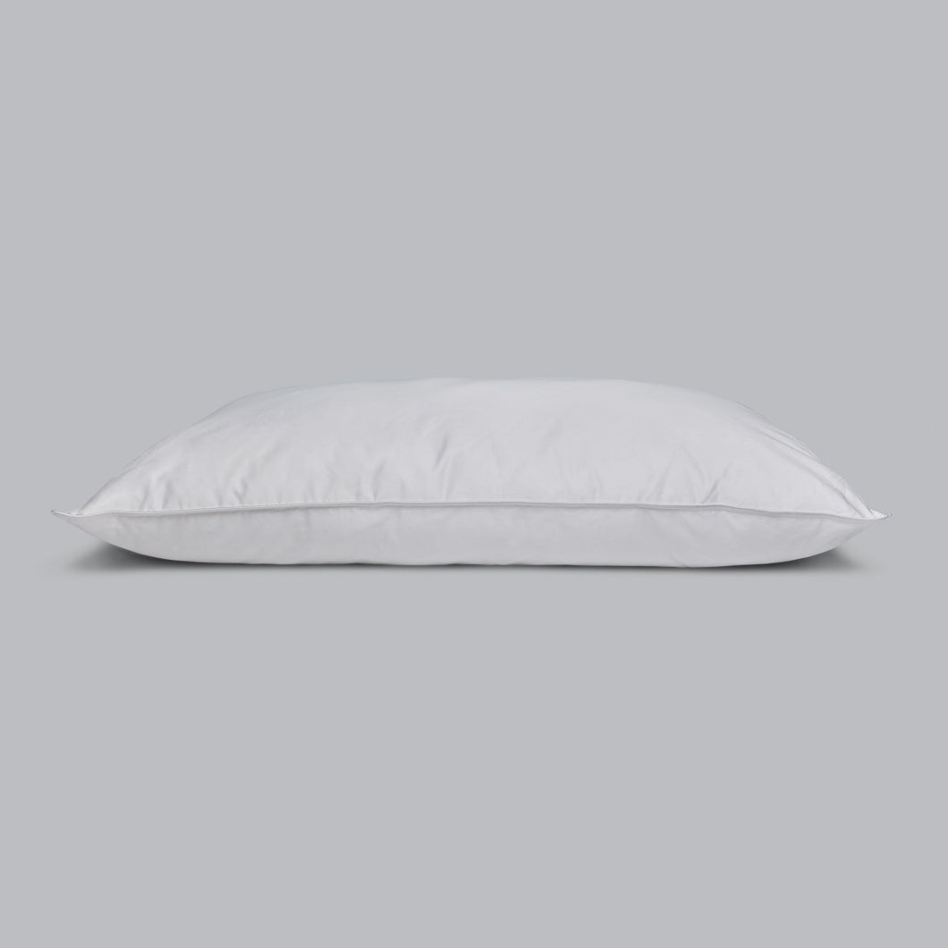 BUSHY-TAILED Luxury Soft Pillow