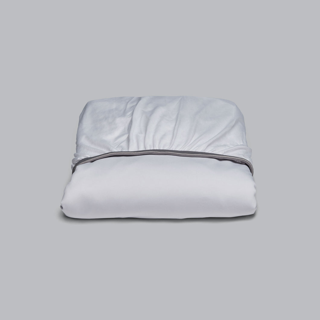 BRYTE-Eyed Luxury Form Fitted Sheet