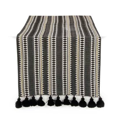 Etoie Table Runner