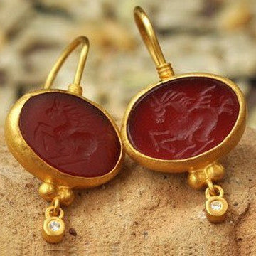 24K Agate Pegasus Oval Shaped Earrings with Diamonds