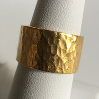 24K Gold Wedding Band, Thick Wide Hammered with Line of Diamonds Size 9.5 Unisex