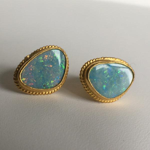 24K GOLD OPAL STUD EARRINGS 24K