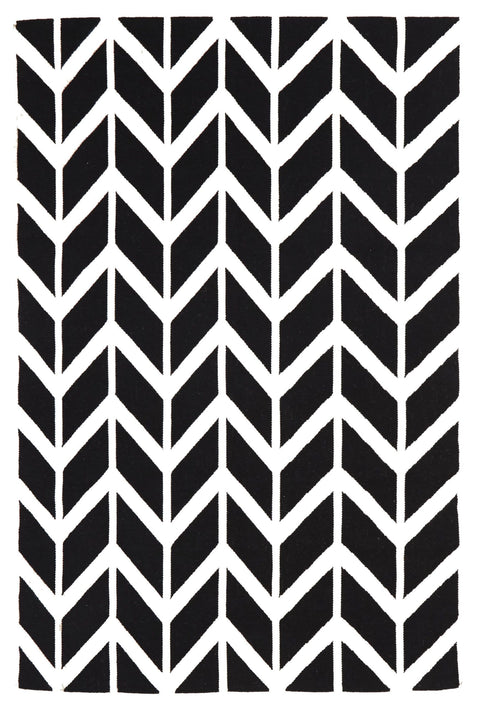 Umeå Black & White Chevron Arrow Wool Rug