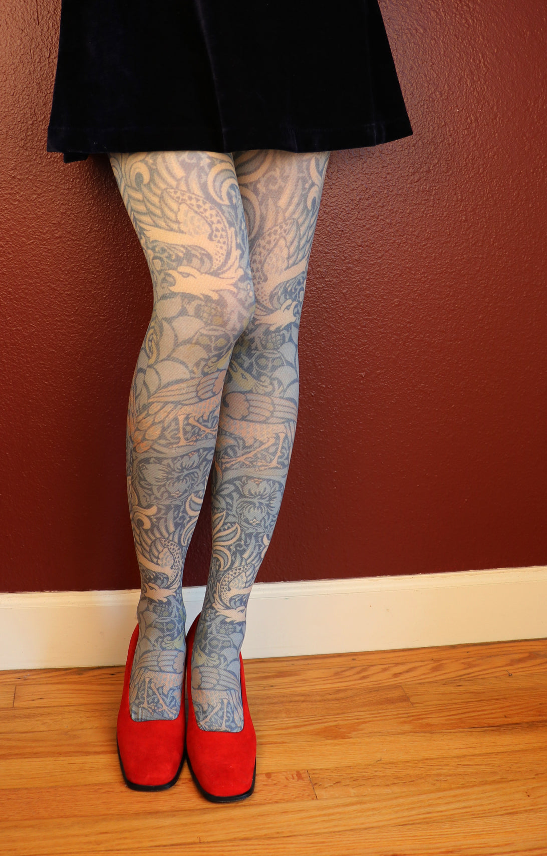 WILLIAM MORRIS l PEACOCK AND DRAGON PRINTED TIGHTS