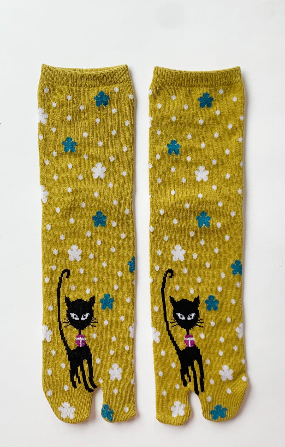 BLACK KITTY TABI SOCKS