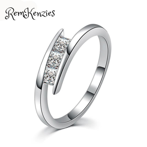 925 Sterling Sliver AAA Zirconia Charming Ring