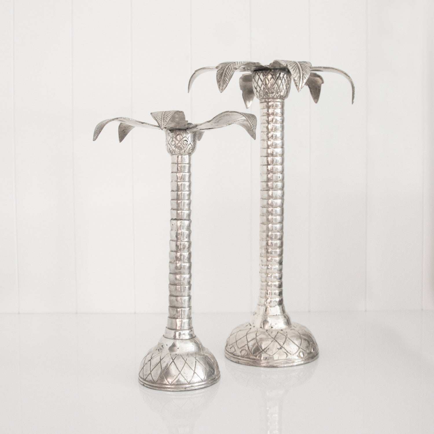 PALM CANDLESTICK HOLDER / SILVER