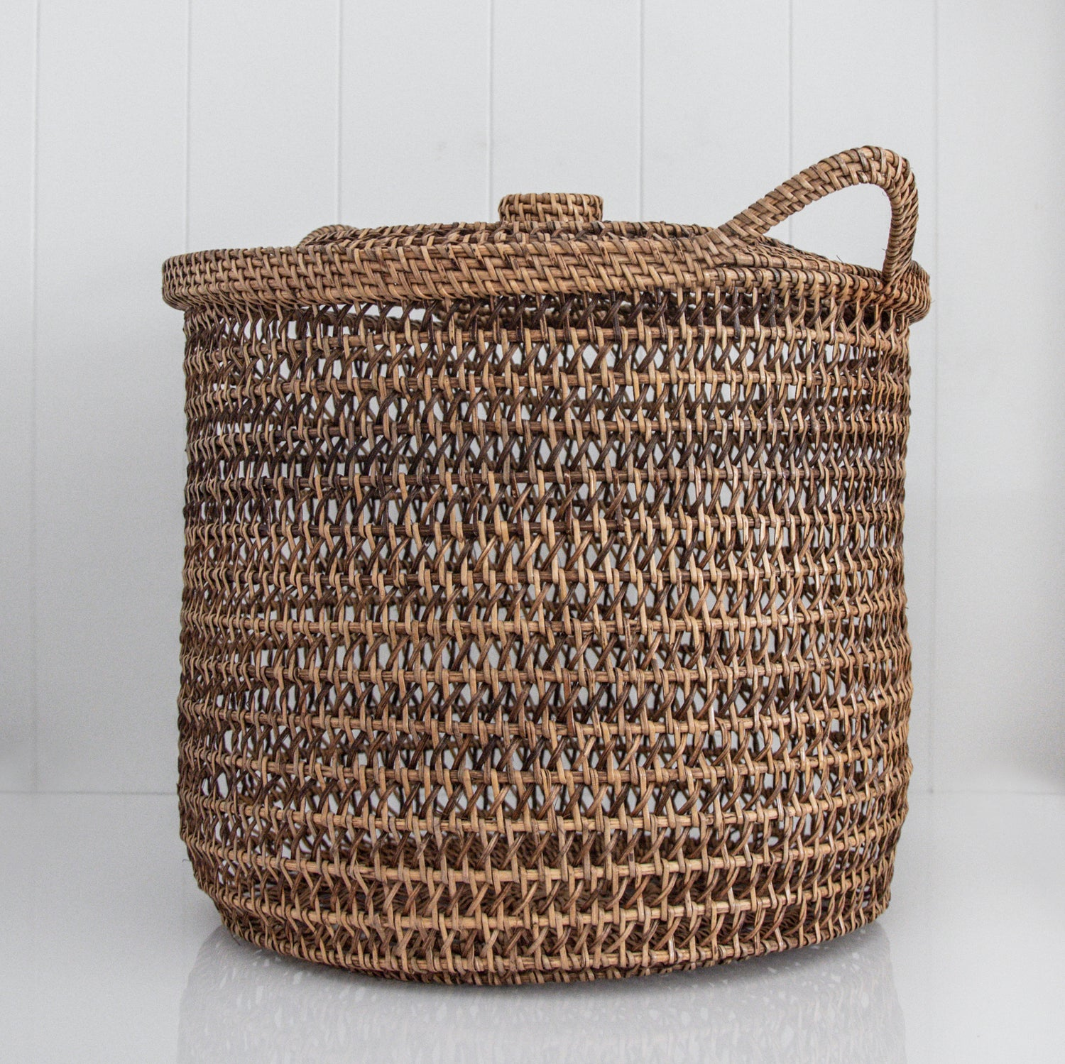 RATTAN BASKET WITH LID / NATURAL / TWO SIZES