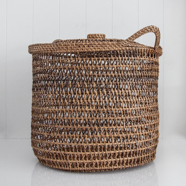 RATTAN BASKET WITH LID / NATURAL