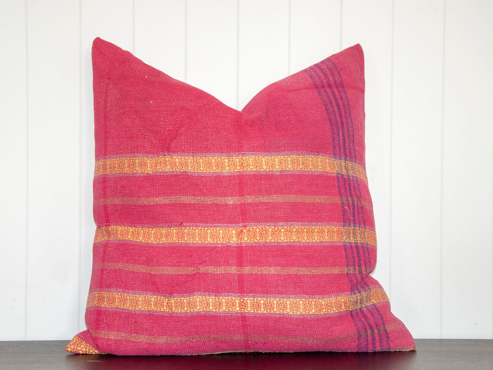 KANTHA CUSHION / FUSCHIA AND GOLD