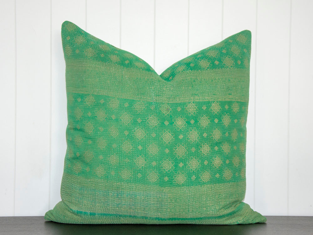 KANTHA CUSHION / EMERALD