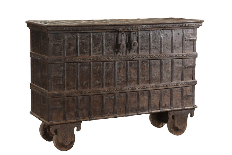 INDIAN IRON TRUNK/CONSOLE