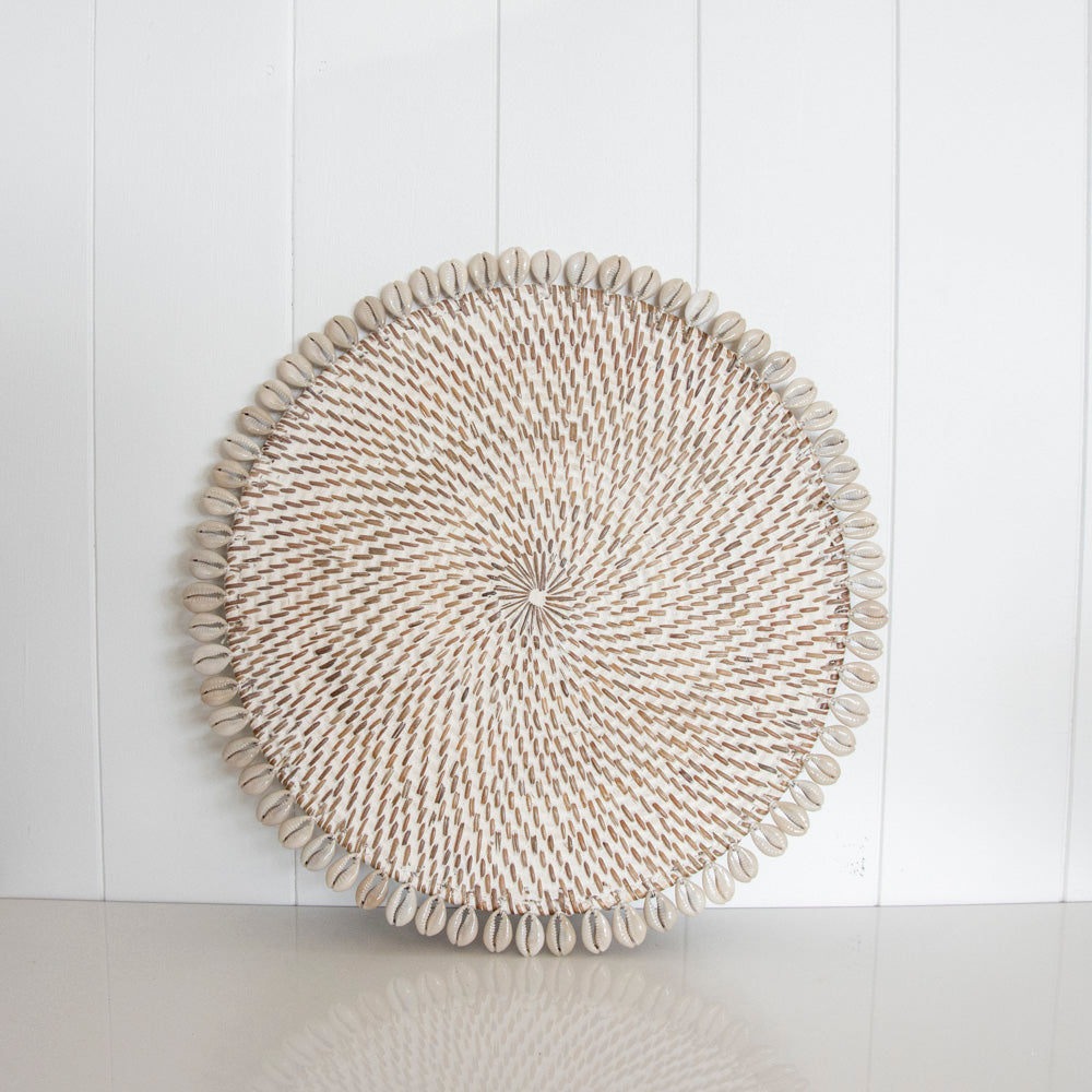 RATTAN & SHELL PLACEMAT | WHITEWASH