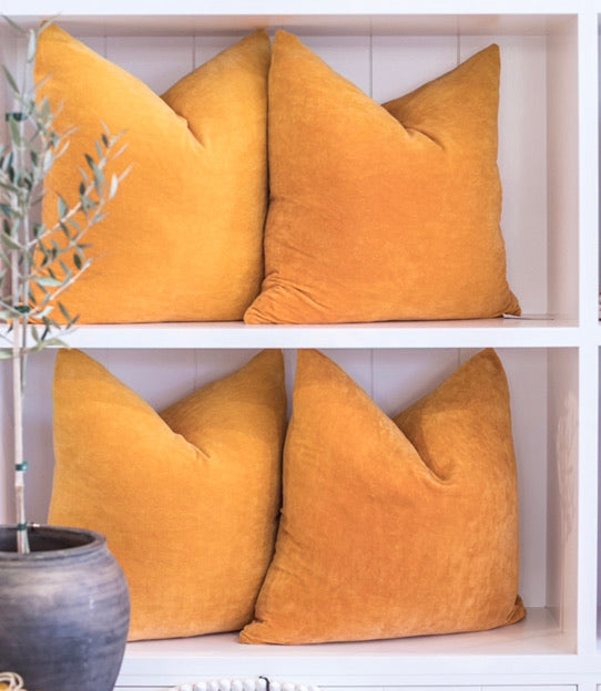 VELVET CUSHION / ORANGE