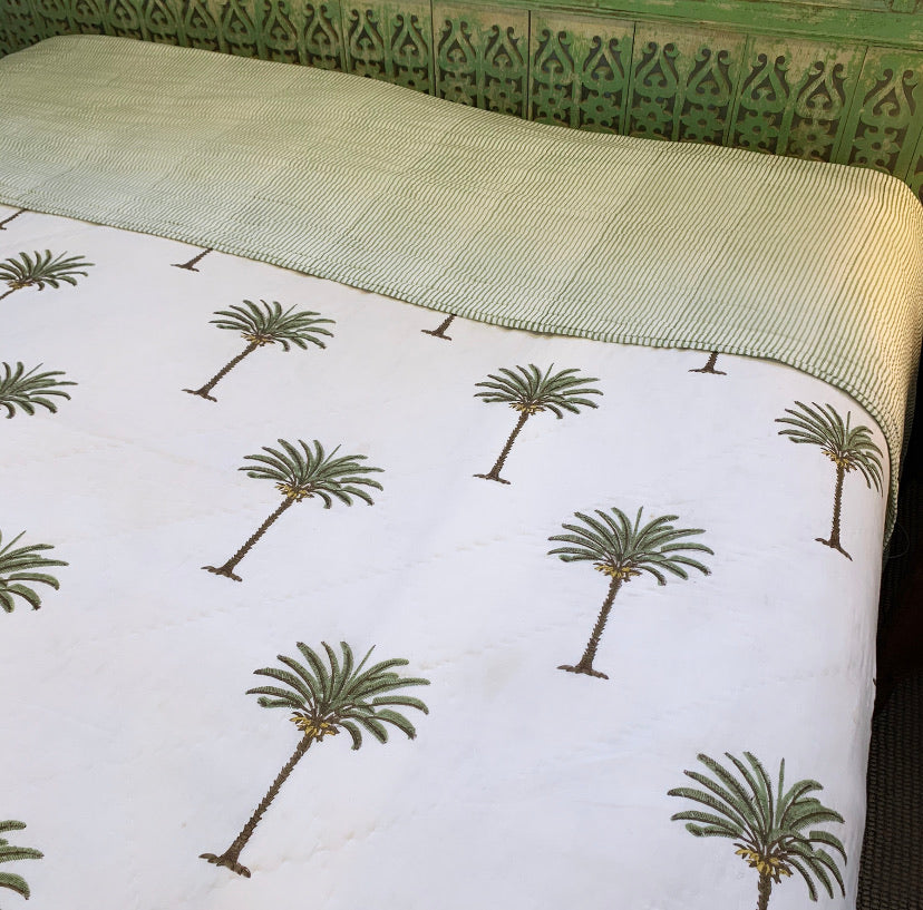 COTTON QUILT SUPER KING | PALM GREEN