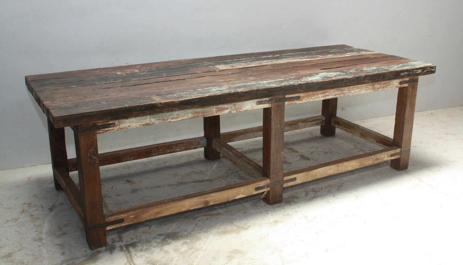 VINTAGE INDIAN WORKERS BENCH