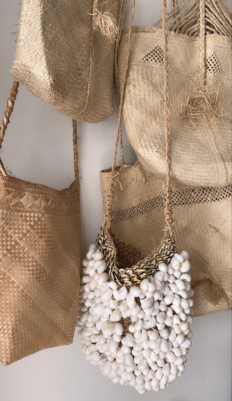 SHELL BAG | DECORATIVE