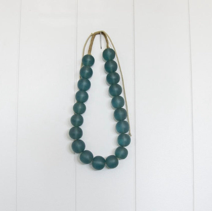 BE BOLD BEADED NECKLACE | BLUE
