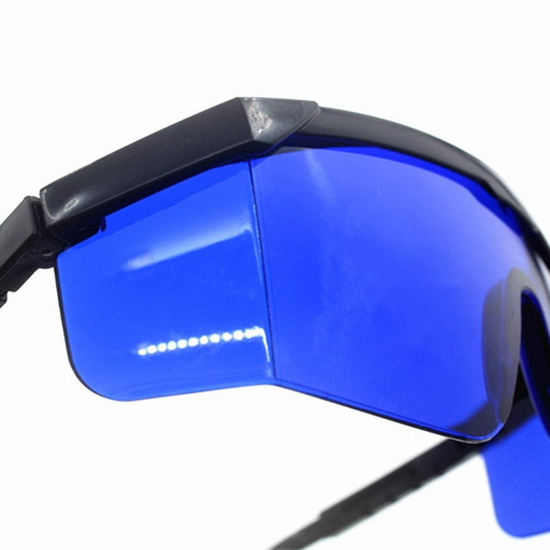 Stylish Super Cool Golf ball finding Tinted Sunglasses - 60% off now - CanaRama