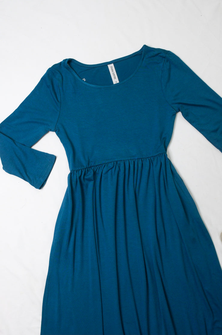 Beyond Basic Midi Dress in Teal-FREE SCARF