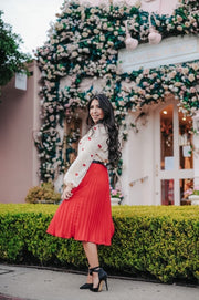 Fashionable Red Pleated Skirt