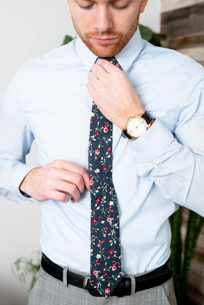 Cotton Skinny Navy Dot Floral Tie