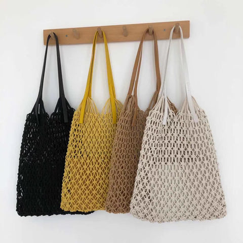 Tirona Round Straw Shoulder Bag