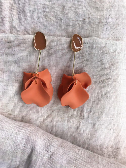 Amelia Earrings Rust