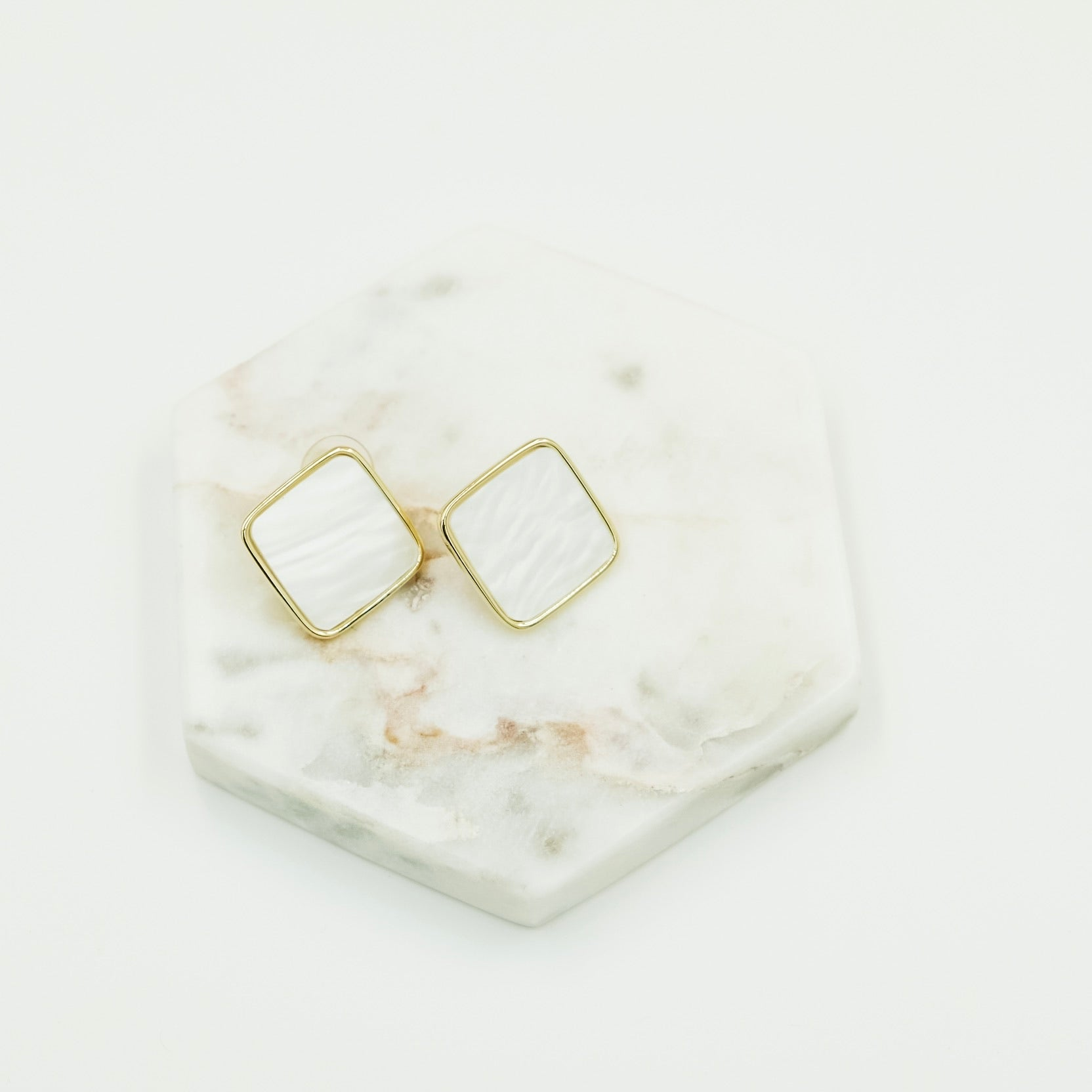 Lucia Earrings (white)