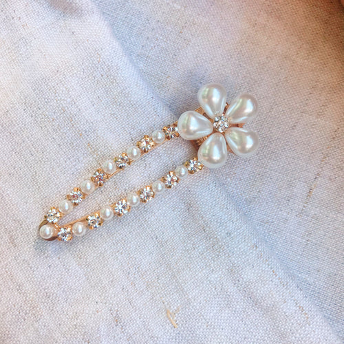 Zandra Flower Barrette