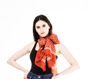 5 Essential Summer Scarves