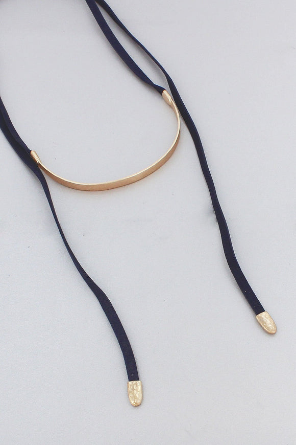 GOLDTONE BAR AND NAVY FAUX LEATHER WRAP CHOKER