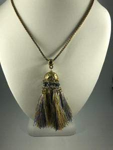 PASTEL COLORS AND GOLDTONE MULTI-TASSEL PENDANT NECKLACE