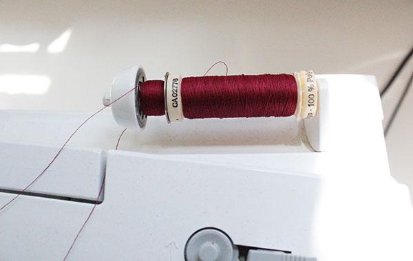 threading sewing machine for twin needle