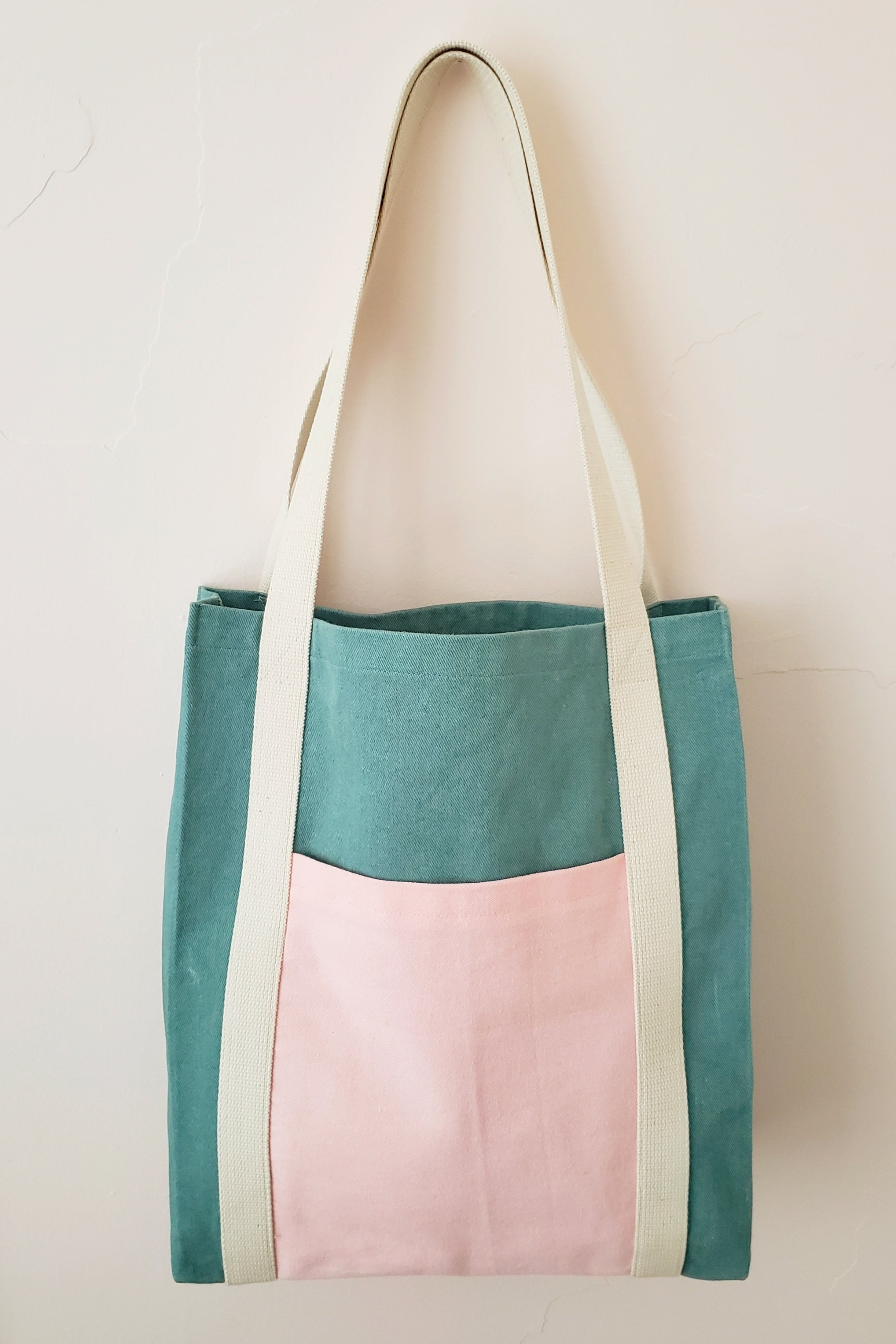 The Madrid Tote Bag - Free - Victory Patterns