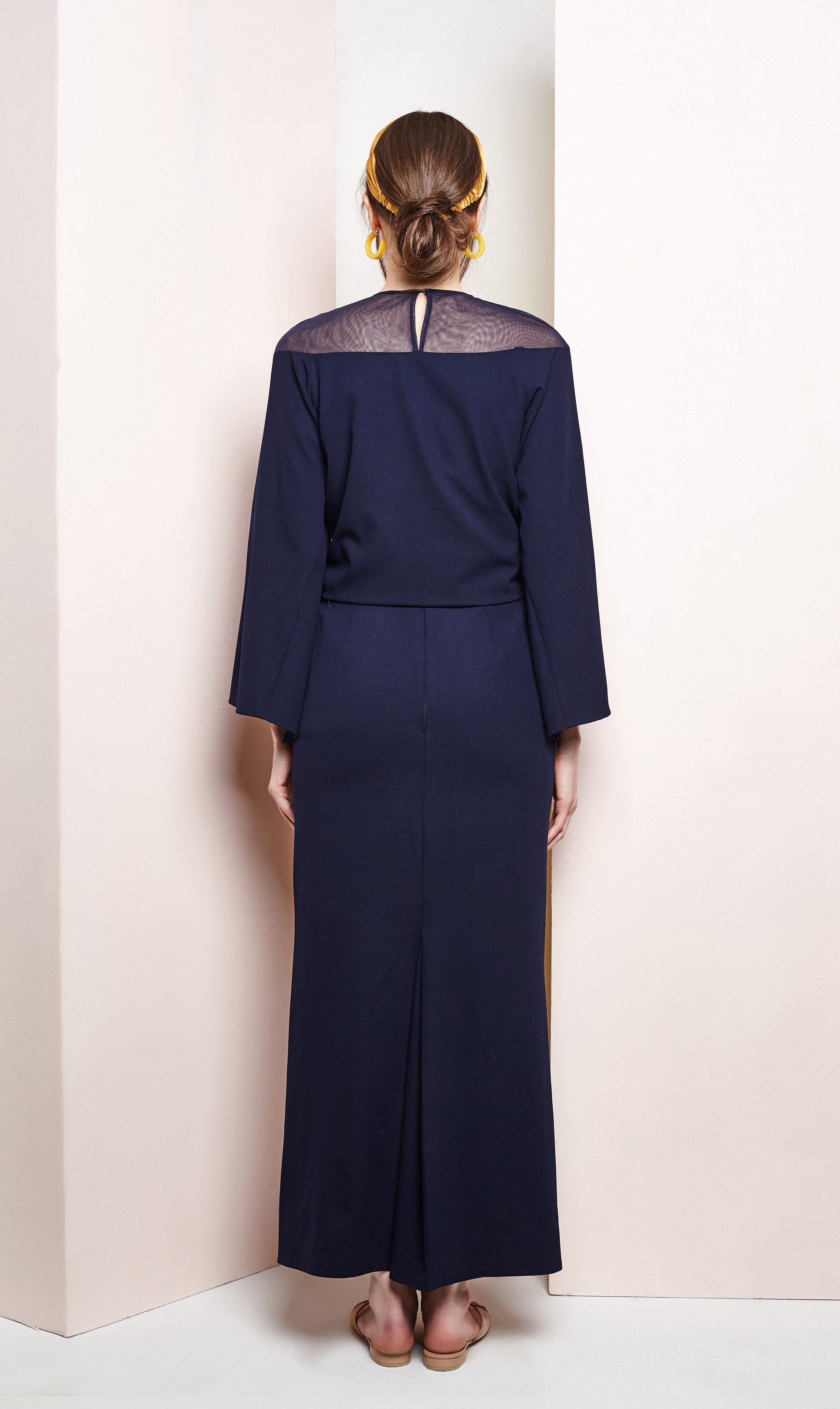 Hane Kurung in Navy Blue